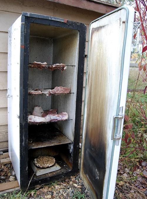 Коптильню из холодильника своими руками
