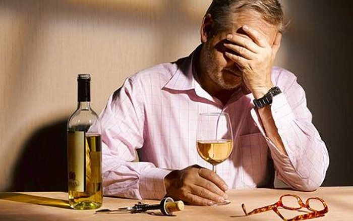 Что такое алкоголизм и как с ним бороться
