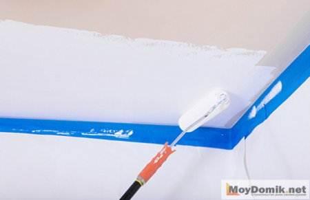 Как побелить потолок с помощью пылесоса