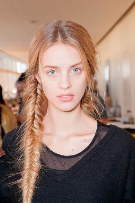 Красивые колоски на средние волосы