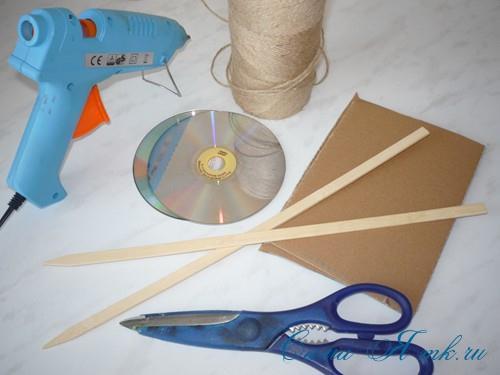 Как сделать зажимы для штор из дисков
