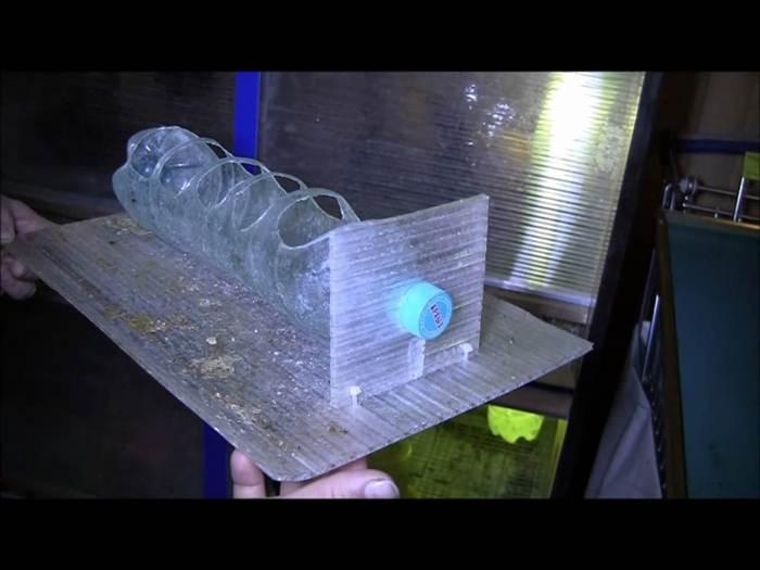 Как сделать кормушку для индюшат из пластиковой бутылки