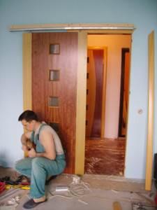 Как сделать межкомнатную дверь купе своими руками