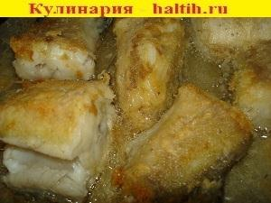 Как вкусно пожарить минтай на сковороде в кляре с фото